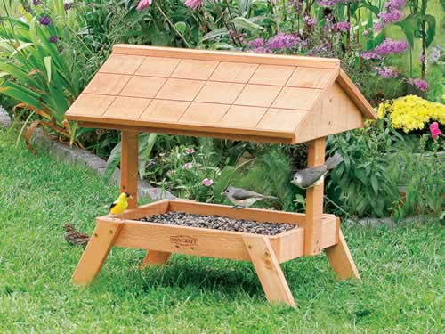 Ground Feeder With Roof