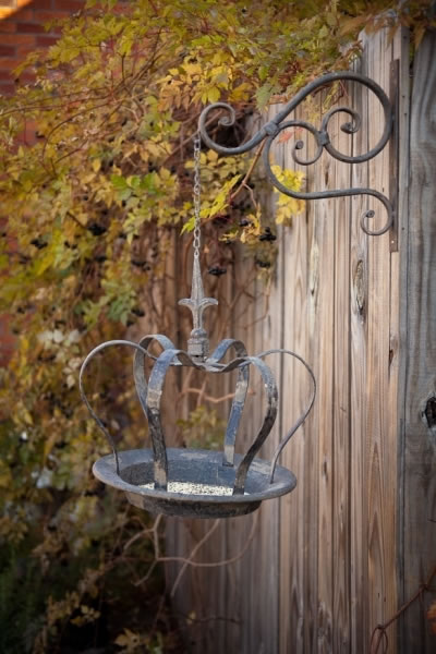 Duncraft Com Hanging Crown Bird Feeder