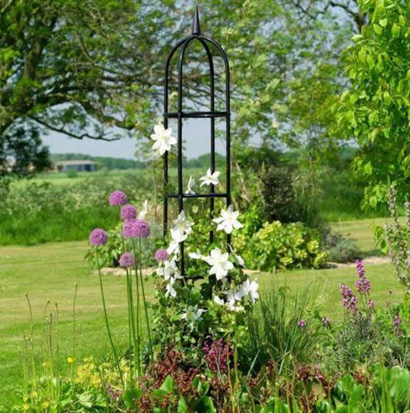 Duncraftcom garden obelisk for Garden obelisk