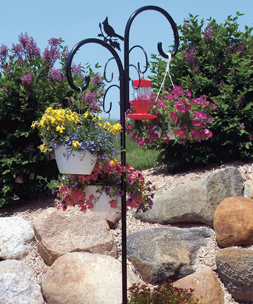 Yellowstone Birdfeeder Pole with 6 Hanging Stations