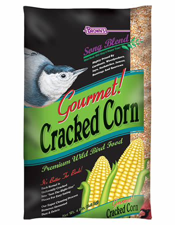 FM Brown Cracked Corn Bird Seed - 4 lbs.