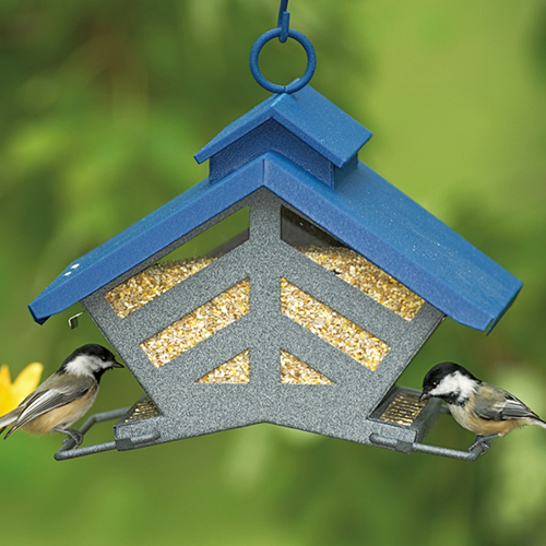 Heritage Farms Chalet Feeder