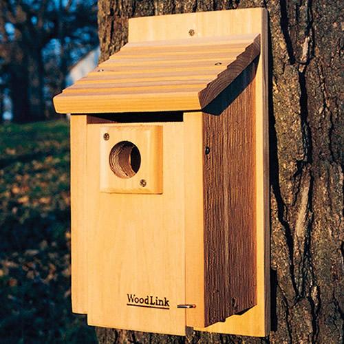 Cedar BlueBird House with Predator Guard Bird House